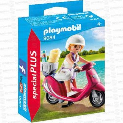 PLAYMOBIL-MUJER-CON-SCOOTER-9084